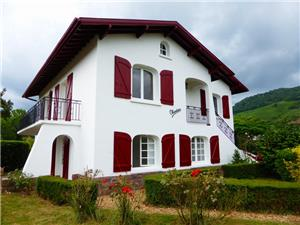 House for sale in Ispoure