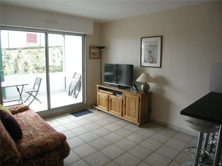 holiday rental apartment for 4 in Ciboure(64) with pool