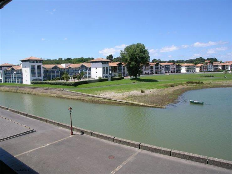 holiday rental apartment for 4 in Ciboure(64)