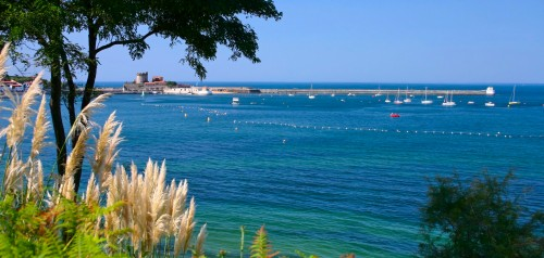 Ciboure le pays basque entre mer et montagnes - Office de tourisme de ciboure ...