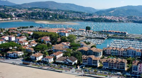 Hendaye france on the spanish border in the pays basque for Hendaye france